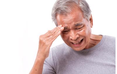 Болит голова идет кровь из носа причины